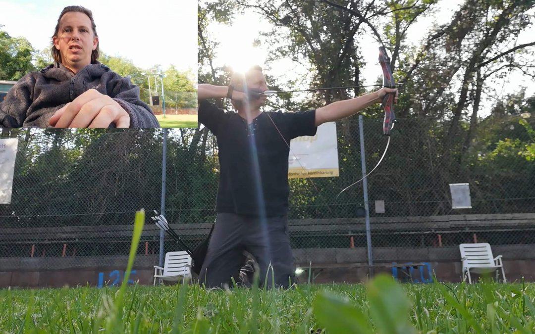 Körperhaltung beim Bogenschießen kniend und sitzend